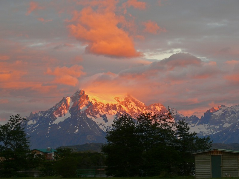 Sonnenaufgang_NP_Torres_del_Paine_Chile_