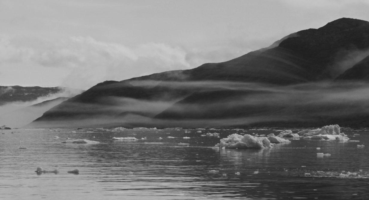 19 - Bettina Schmidt - Nebel im Fjord
