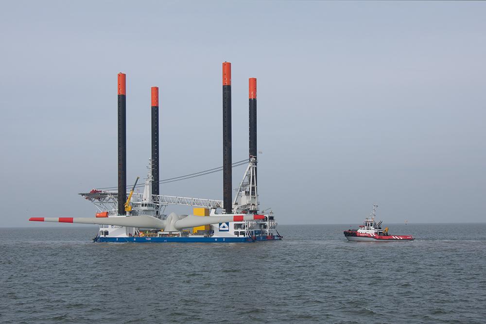Montage Windkraft