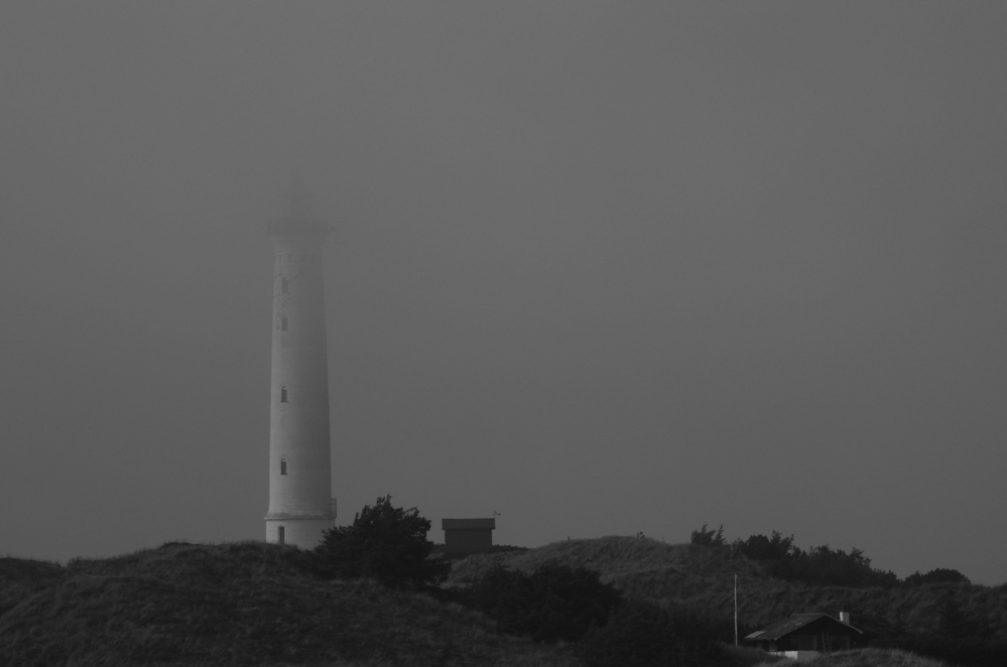 48 - Joachim Jäkel - Leuchtturm im Nebel