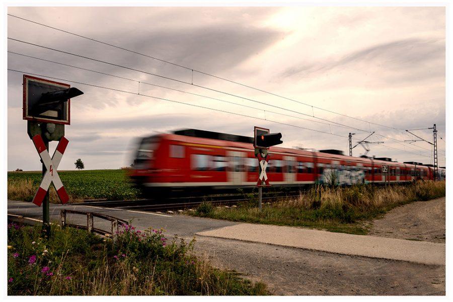Platz 11 - Günter Deitermann - Bahnübergang -